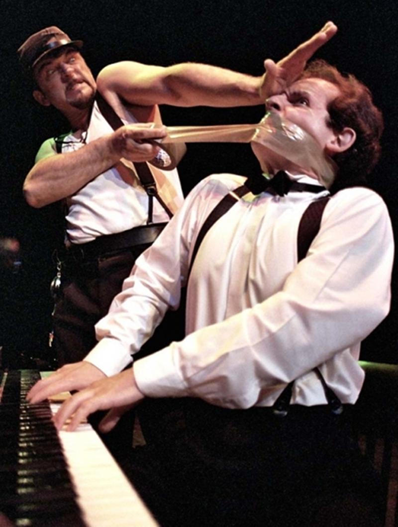 Duel – una lotta all'ultima risata ai Filodrammatici di Milano