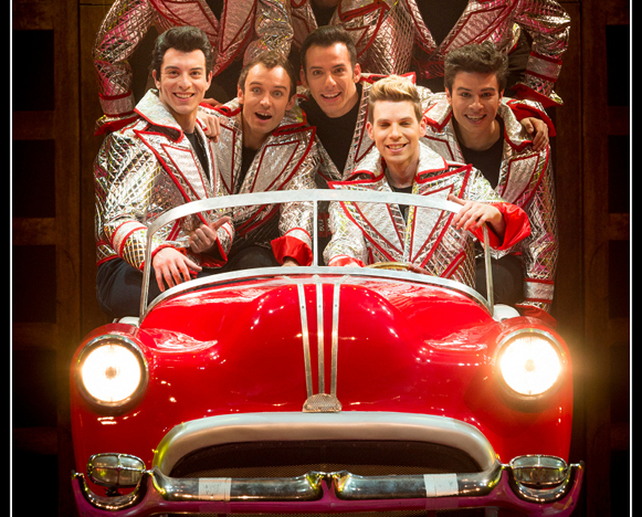 GREASE-il-musical-2015