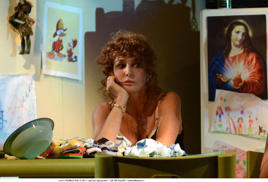Notturno di donna con ospiti_Giuliana De Sio