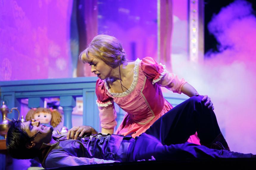 Rapunzel al Teatro EuropAuditorium Bologna con Lorella Cuccarini_scena