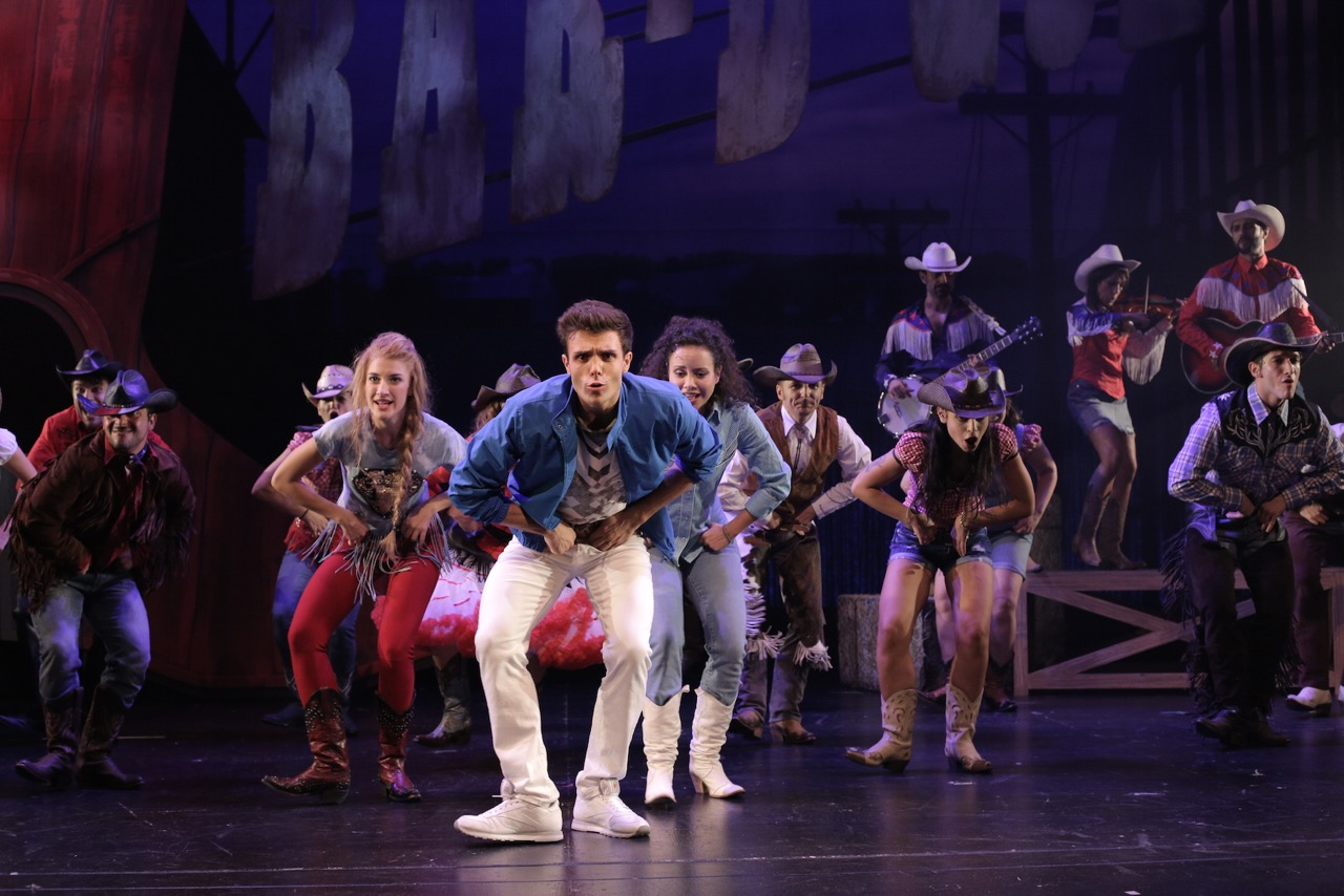 Recensione Footloose il musical - Gruppo_Bar