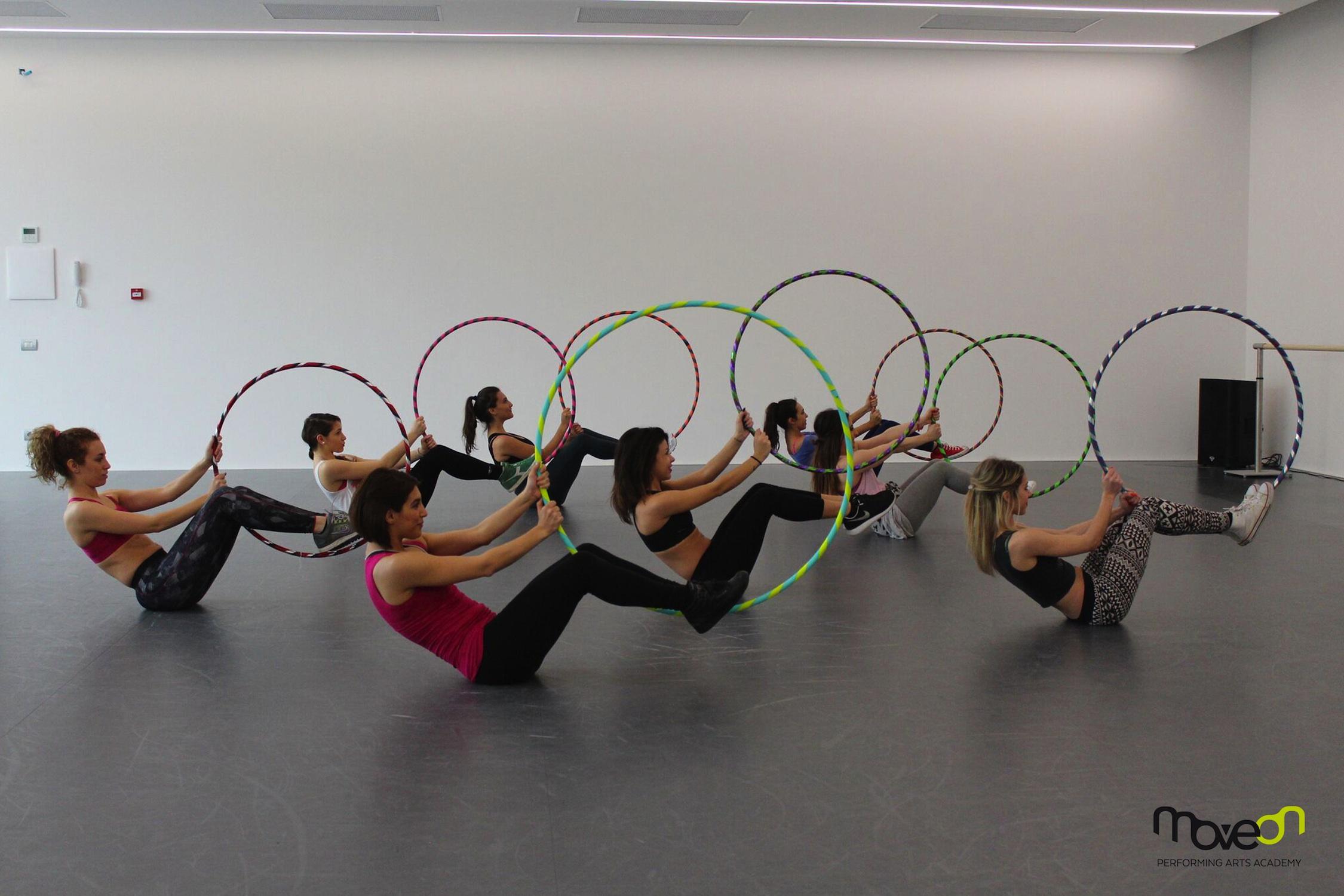 MoveOn: lezioni gratuite a Milano - hoop fitness 4