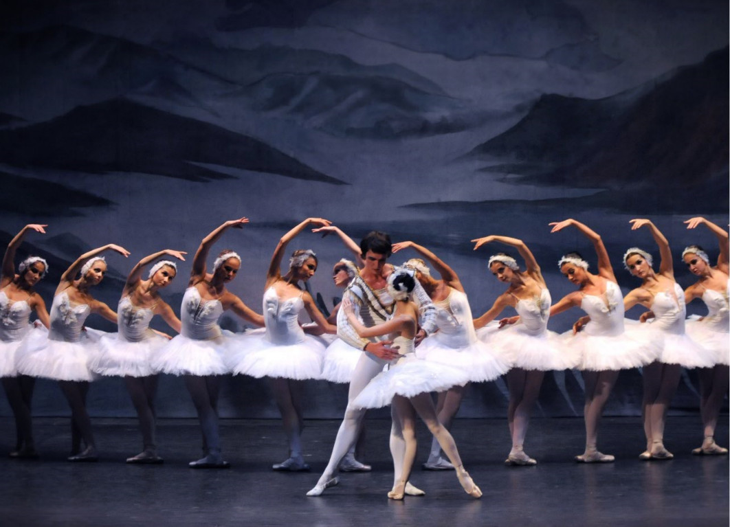 Royal Ballet of Moscow - il tour in Italia tra dicembre 2016 e gennaio 2017 - LAGO CIGNI