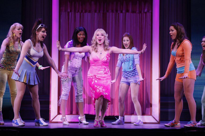 Legally Blonde il musical su licenza ufficiale di MTI in scena da gennaio 2017. Il cast