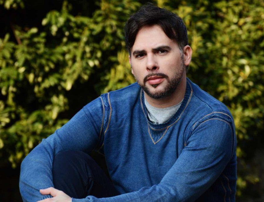 Marco Manca voce italiana di Gaston nella nuova edizione film La Bella e la Bestia