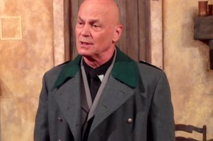 Scacco al Duce di Pier Francesco Pingitore a Roma con Luca Biagini