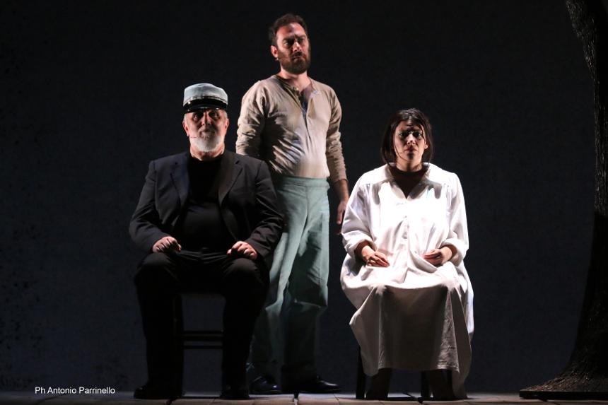 Al Sistina arriva Il Casellante, spettacolo di Camilleri e Giuseppe Dipasquale con Moni Ovadia