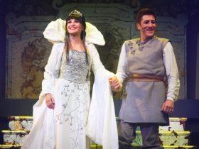 Arcimboldi Lorella Cuccarini in La regina di ghiaccio-4