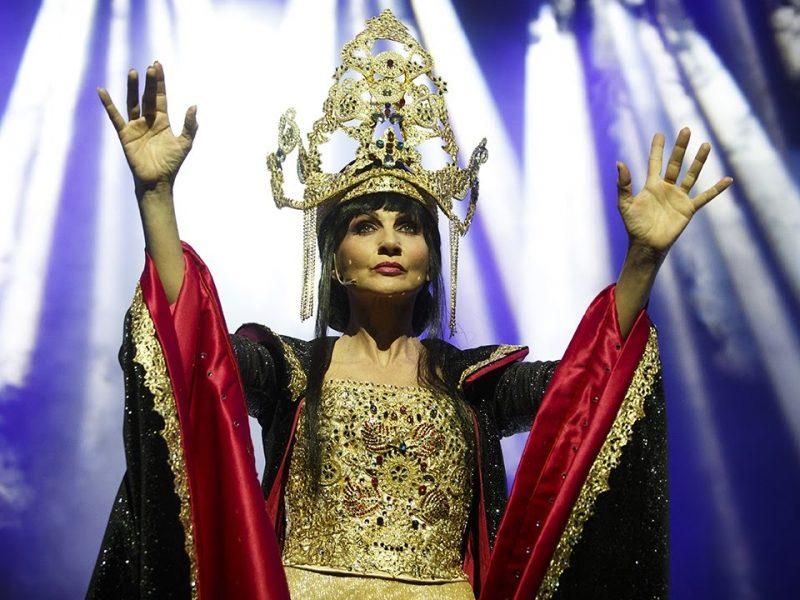 Arcimboldi Lorella Cuccarini in La regina di ghiaccio
