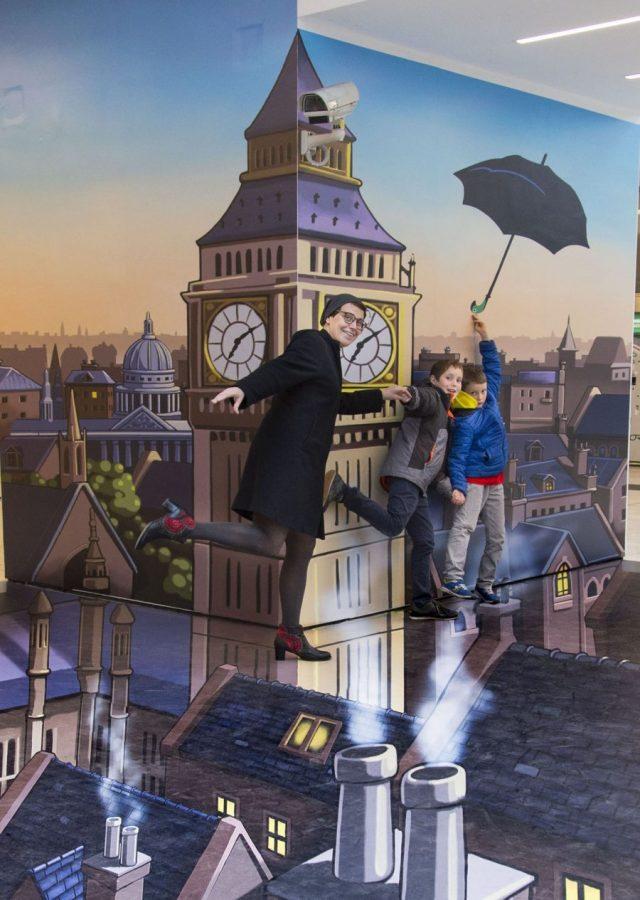 Aspettando Mary Poppins il musical-installazione effetto 3D a Milano-2