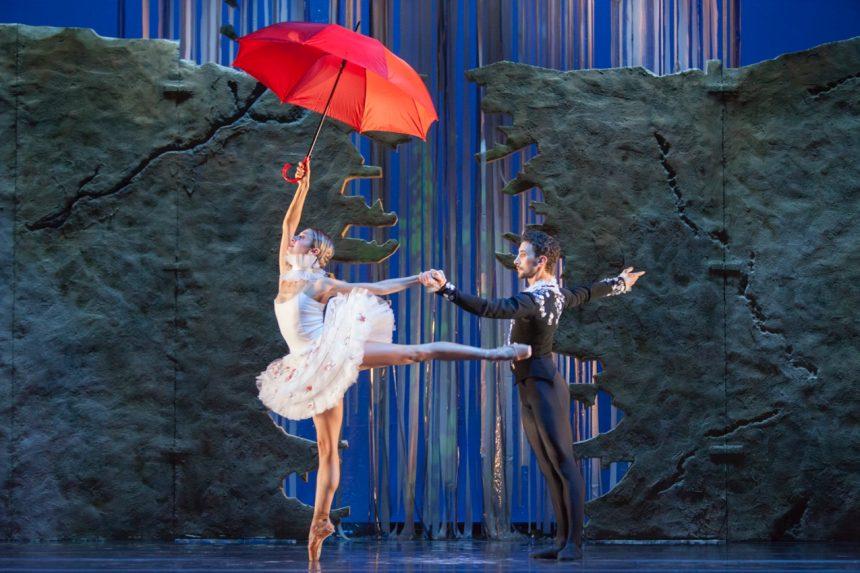 Spettacoli delle Feste al Teatro Carcano 2017-2018-LO SCHIACCIANOCI - Balletto di Roma