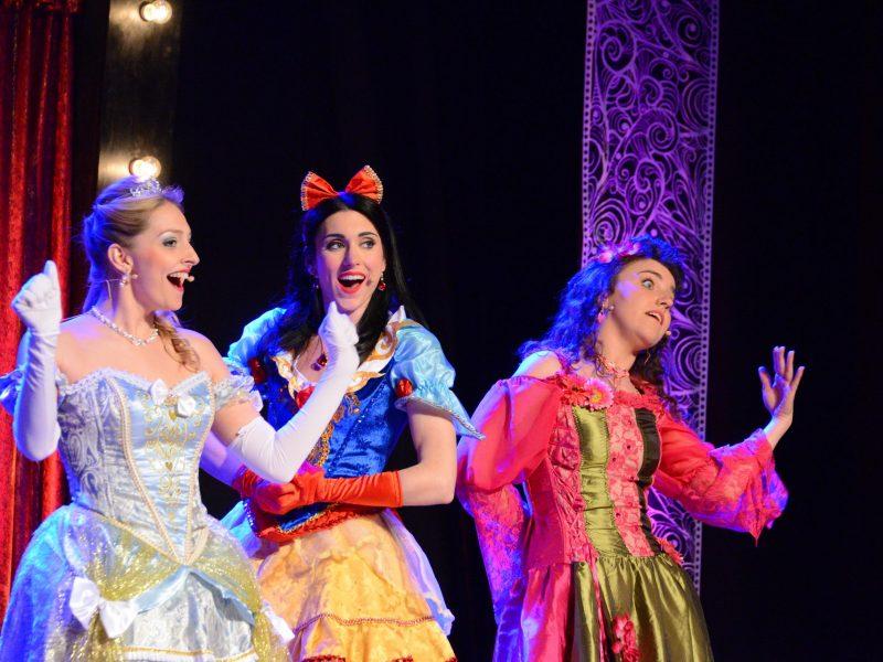 Disincantate allo Spazio Teatro NO'HMA Teresa Pomodoro