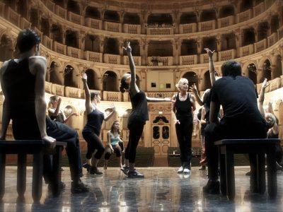 prove sul palco West Side Story al Teatro Comunale di Bologna