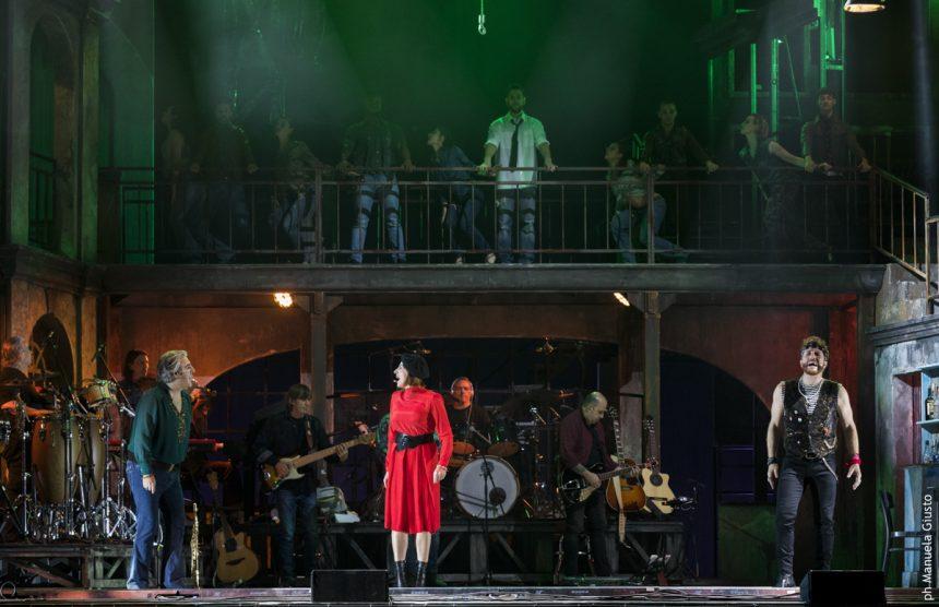 Musicanti dal 7 marzo al Teatro Arcimboldi di Milano con le musiche di Pino Daniele-3